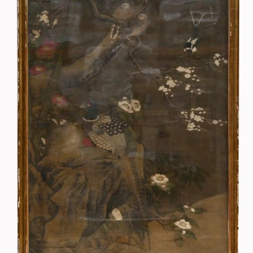 CHINA 18th 19th century  Ink and colours on silk in height with central decorati…
