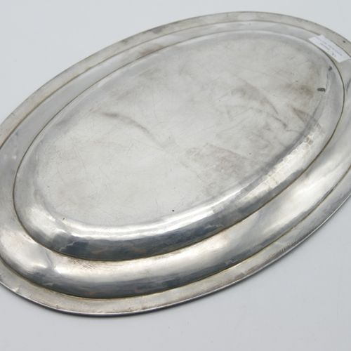 FOREIGN WORK LATE 19th EARLY 20th CENTURY  Silver oval presentation dish 800/100…