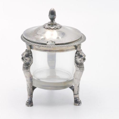 PARIS XIXe SIÈCLE  Moutardier circulaire, monture en argent 800/1000e et 950/100…