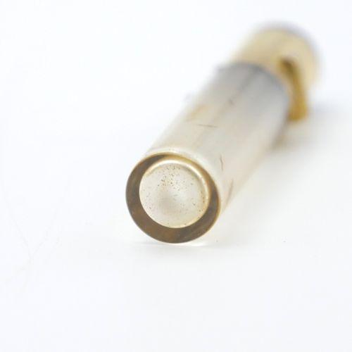 LINZELER DÉBUT DU XXe SIÈCLE  Flacon à sels en verre, monture en or 750/1000e le…