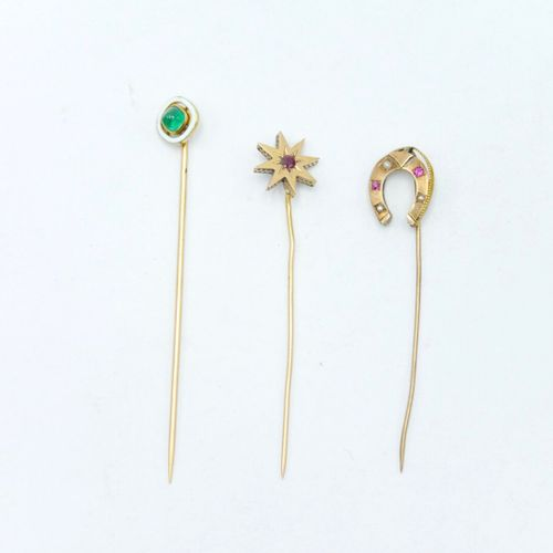 19th 20th CENTURY  Three gold tie pins in the shape of a horseshoe decorated wit…