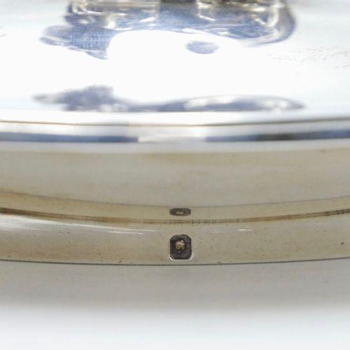 ODIOT Paris  Boîte polylobée en argent 950/1000e, modèle filets, le fretel en fo…