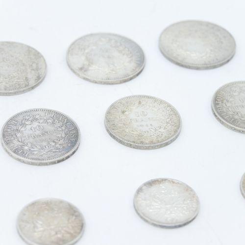 FRANCE XXe siècle  Lot de pièces en argent dont :   Huit pièces de 50 francs arg…