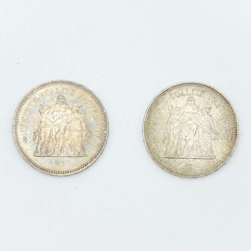 FRANCE XXe siècle  Deux pièces de 50 francs en argent Hercule, 1975 et 1978  Poi…