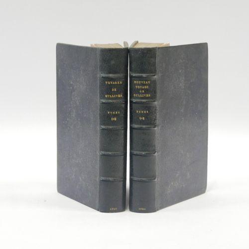 Johnattan SWIFT  Ensemble de deux volumes, reliure pleine de maroquin bleu de Ou…