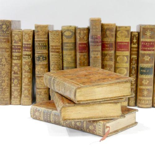CLASSIQUES XVIIIe SIÈCLE  Ensemble de 29 volumes dont :   C. CORNELII, Taciti, P…