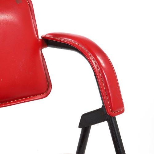 Jacques DUMOND (1906 1988)  Armchair Steel, imitation leather 75 x 55 x 48 cm. C…