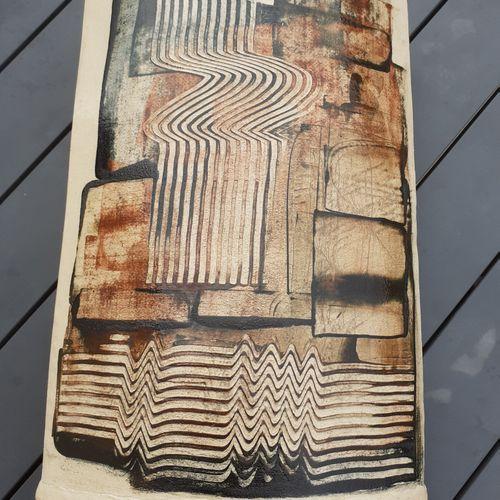 Vase en terre cuite signé Albert POIZAT 2001, hauteur 33cm largeur 21cm, bon éta…