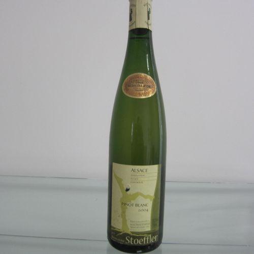 Alsace, Domaine Stoeffler, pinot blanc 2004, étiquette correcte, très bon niveau…