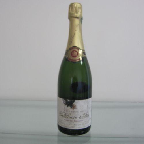 Champagne, De Sousa & Fils, Cuvée des Caudalies, étiquette état moyen, bon nivea…