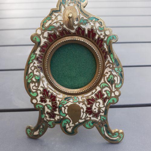 Ancien porte montre à gousset en bronze cloisonné, hauteur 12cm, bon état