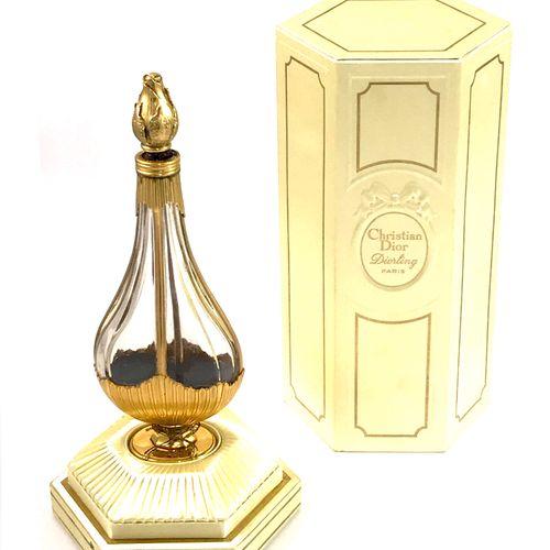 CHRISTIAN DIOR Christian DIOR   «Diorling» 1963  Luxueux flacon  en cristal inco…