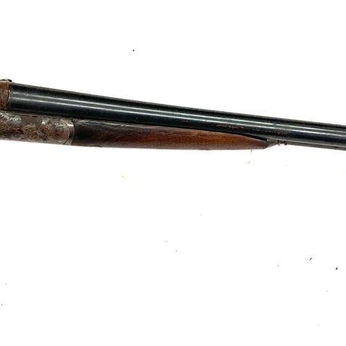 Fusil de chasse à percussion centrale par chiens extérieurs, canons juxtaposés d…
