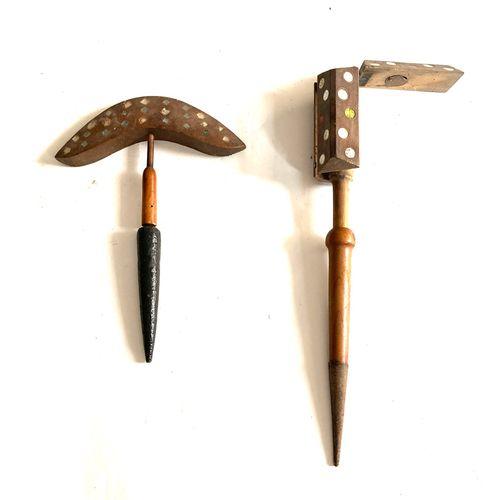 Miroir aux alouettes, tète chapeau de gendarme 23 cm à 54 glaçillons, pied bois …