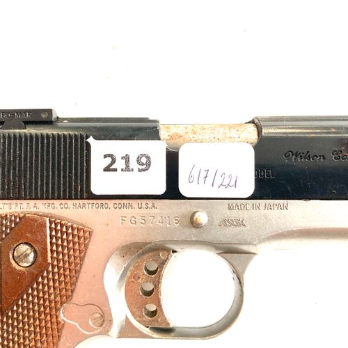 Pistolet à billes COLT Mk IV, en l'état, avec magasin, LT 28 cm.