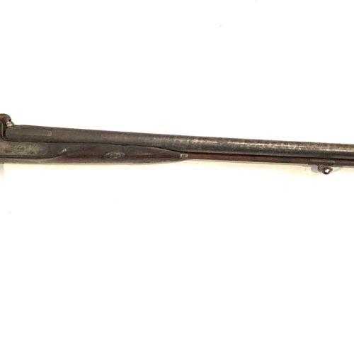 Fusil de chasse à percussion, canons en table Damas de 80 cm, platines gravées d…