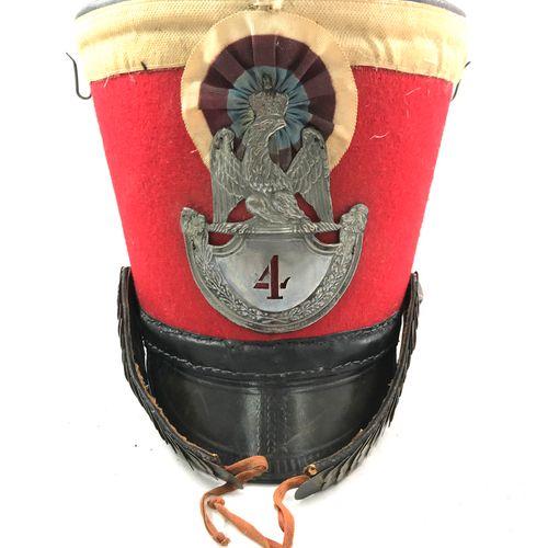 Shako Garde d'honneur Ier Empire, visière en cuir, jugulaires en laiton à forme …