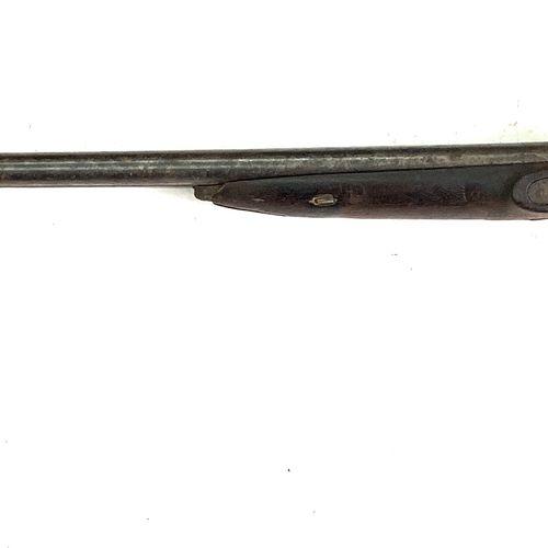 Fusil de chasse à silex transformé percussion, canons en table de 77 cm, pontet …