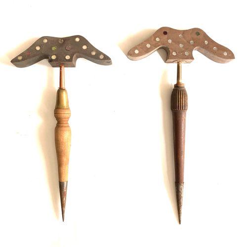 Miroir aux alouettes, tète 26 cm à 30 glaçillons, pied bois et métal 50 cm, on y…