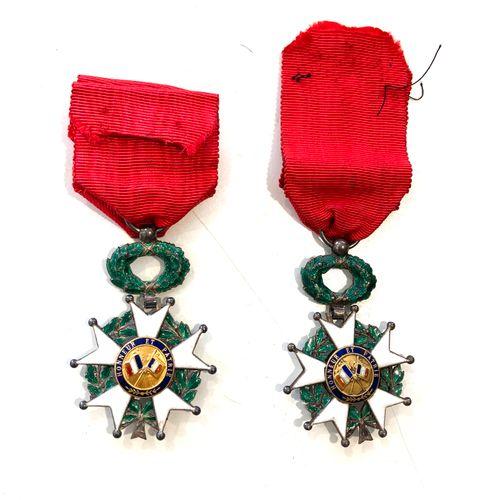 Ordre de la légion d'honneur : étoile d'officier, 38 mm, ruban à rosette, insola…