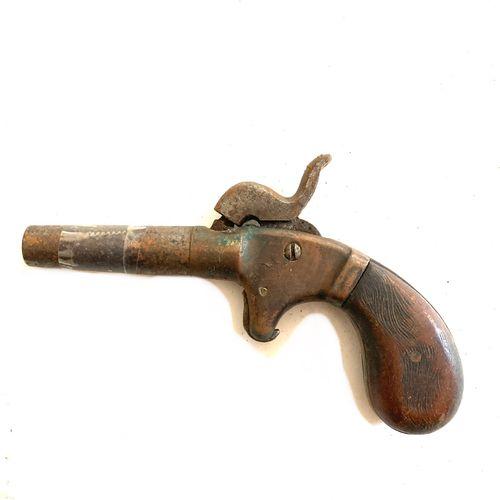 Pistolet à coffre, canon long dévissable à la main, détente escamotable, usure, …