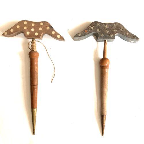 Miroir aux alouettes, tète de 23 cm à 36 glaçillons, pied bois et métal 46 cm, o…