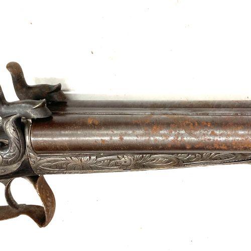 Fusil de chasse à broche, canons en table Damas de 74,5 cm calibre 16, mécanisme…