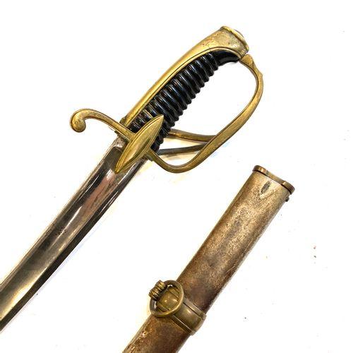 Sabre d'officier de cavalerie légère modèle an XI, monture laiton doré à trois b…