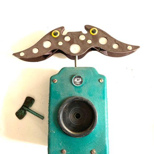 Miroir aux alouettes, modèle électrique, mécanismes à vérifier, 3 pièces.