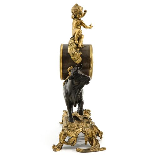 Pendule au Taureau Louis XV, gilt bronze base and brown patinated bull, with the…