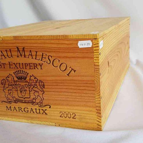 12 bouteilles château MALESCOT SAINT EXUPERY 2002 GCC MARGAUX, CBO. Bon stockage…