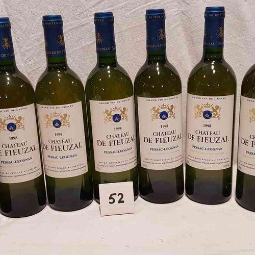 7 bouteilles château FIEUZAL 1998 PESSAC LEOGNAN BLANC. Présentation parfaite.