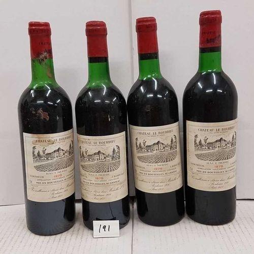 4 bouteilles château LE BOURDIEU 1975 Haut médoc , 2 étiquettes tachées et 4 hau…