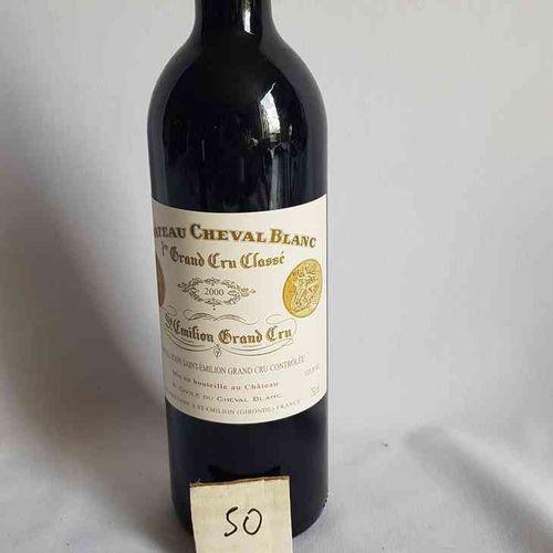 1 bouteille château CHEVAL BLANC 2000.1° GCC SAINT EMILION. Belle présentation.
