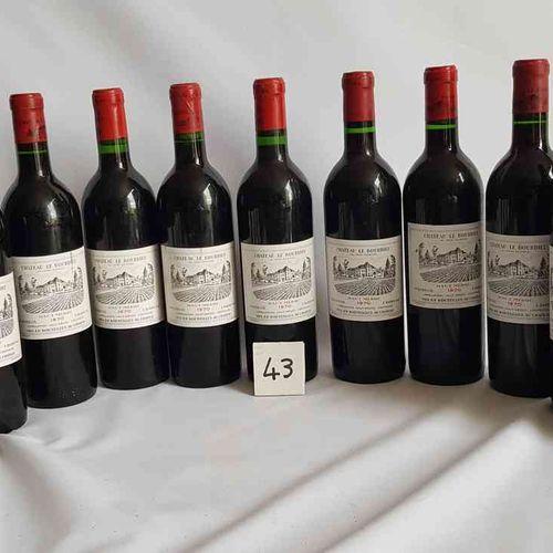 12 bouteilles château LE BOURDIEU 1970 HAUT MEDOC. Présentation parfaite.