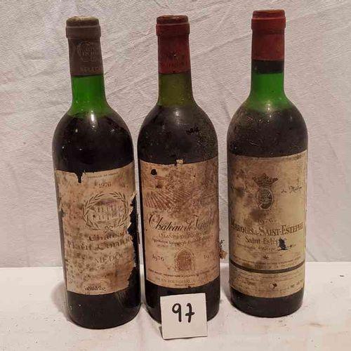 Lot de 3 bouteilles dont une bouteille château DE VIAUD 1976 LALANDE DE POMEROL,…