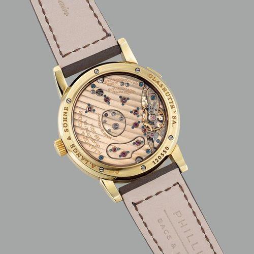 A. LANGE & SOHNE Une montre bracelet en or jaune, fine et élégante, avec heure e…