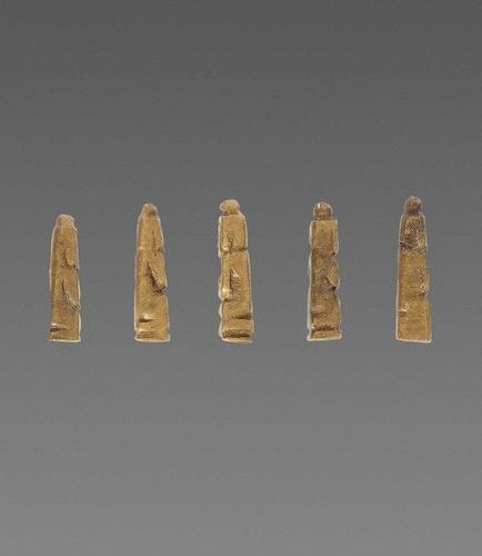5 RARE AND MINISCULE EARLY PYU MINIATURE BUDDHAS Pyu city states, 2nd 5th centur…