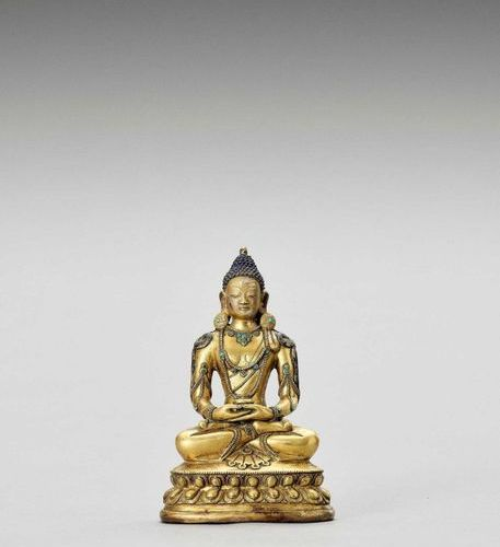 A SINO TIBETAN GILT BRONZE FIGURE OF BUDDHA, QING Sino Tibetan, 1644 1912. Cast …