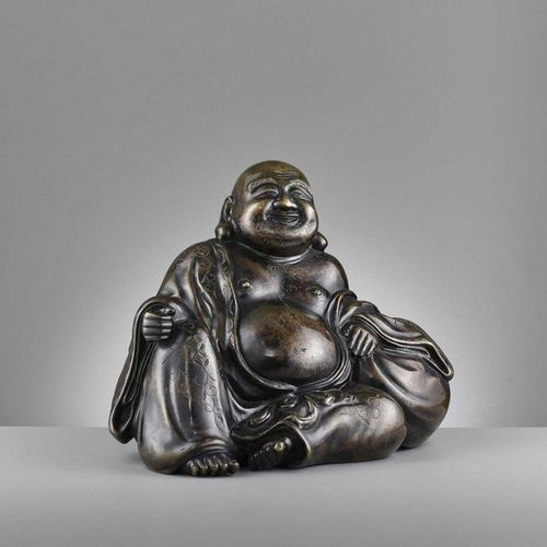 A LARGE AND HEAVILY CAST BRONZE FIGURE OF BUDAI, QING DYNASTY China, 1644 1912. …