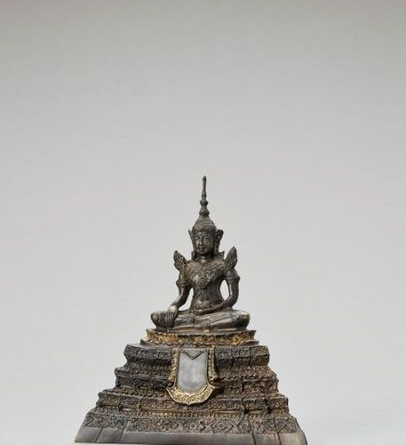 A THAI GILT BRONZE FIGURE OF BUDDHA SHAKYAMUNI, RATTANAKOSIN Thailand, 1732 1932…