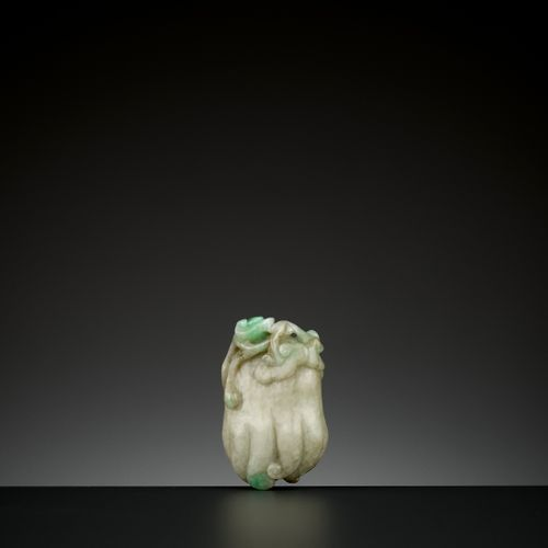 A 'BUDDHA'S HAND' JADEITE PENDANT, QING DYNASTY China, 19 th century. Carved as …