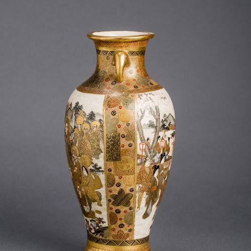 A JAPANESE MEIJI PERIOD GLAZED CERAMIC VASE WITH ROYALS AND SAINTS, SIGNED HODOD…
