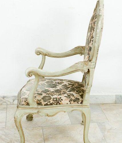 Pair of Venetian arm chairs Pair of Venetian arm chairs, each on four curved leg…