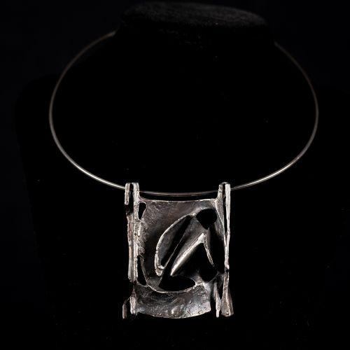 Collier avec pendentif en argent, argent 925/1000, signe de maître, BH 44g ; le …
