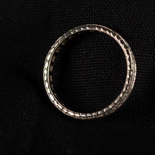 Bague Mémoire, or blanc gravé, avec diamants de 0,38 carat