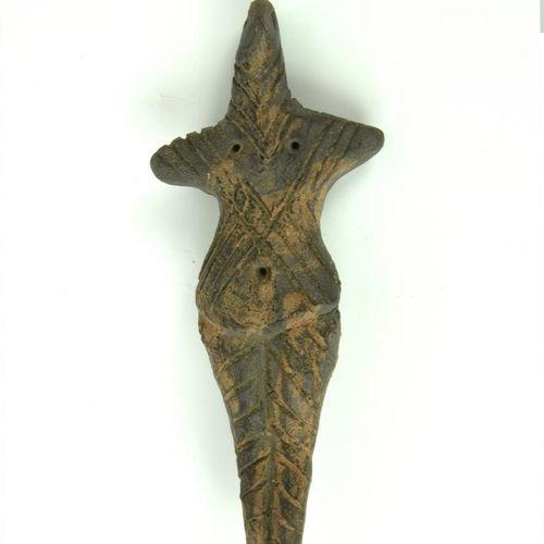 DEA MADRE DATAZIONE: V IV millennio a. C. MATERIA E TECNICA: impasto non depurat…