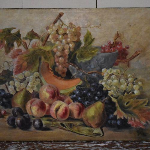 Ecole française du XXe siècle  Nature morte d'automne  Huile sur toile