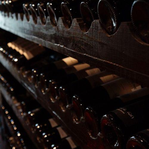 Trentaine de bouteilles de vins de Bordeaux Divers  (photo non contractuelle)