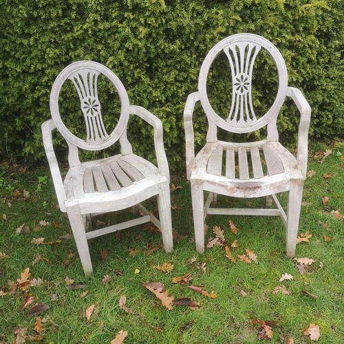 Sealed Bid Auction Garden Seats: A near pair of Anglo Indian teak Hepplewhite st…